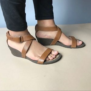 Teva Shoes - Teva (D3) Cabrillo Wedge Strappy Sandals